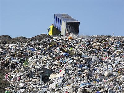 Catalunya aumenta el canon sobre la eliminación de residuos
